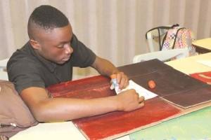 Carrera Art Student