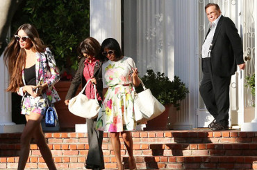Donald Sterling attends church, dinner with group of mixed-race women