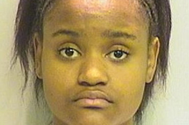 Girl tried to hire her own aunt in murder-for-hire plot