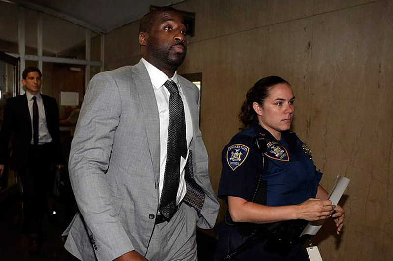 Mavericks Raymond Felton pleads guilty in NYC gun case to avoid jail time