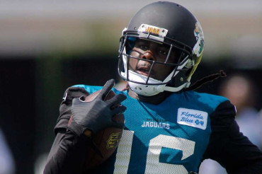 With injuries mounting, Denard Robinson getting chance to make mark