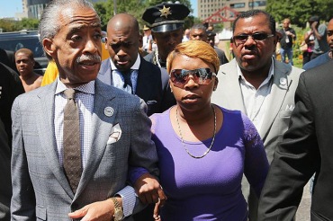 Michael Brown's mother to cop: 'Stand up and be a man'