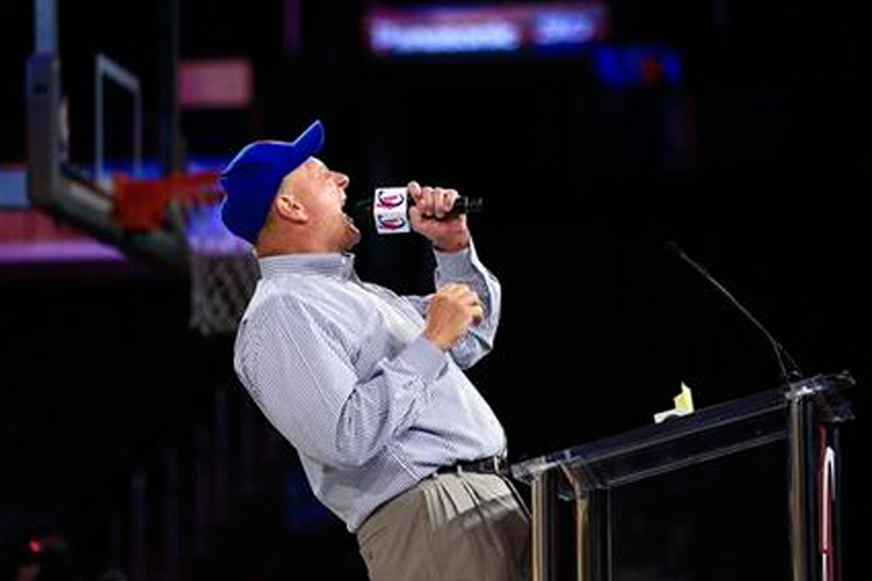 Steve Ballmer debuts as LA Clippers owner