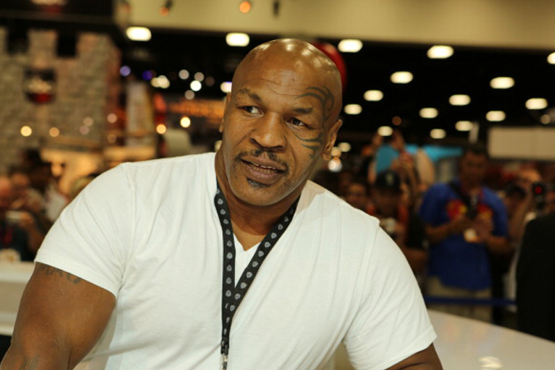 Mike Tyson directs vulgarities at Canadian TV host