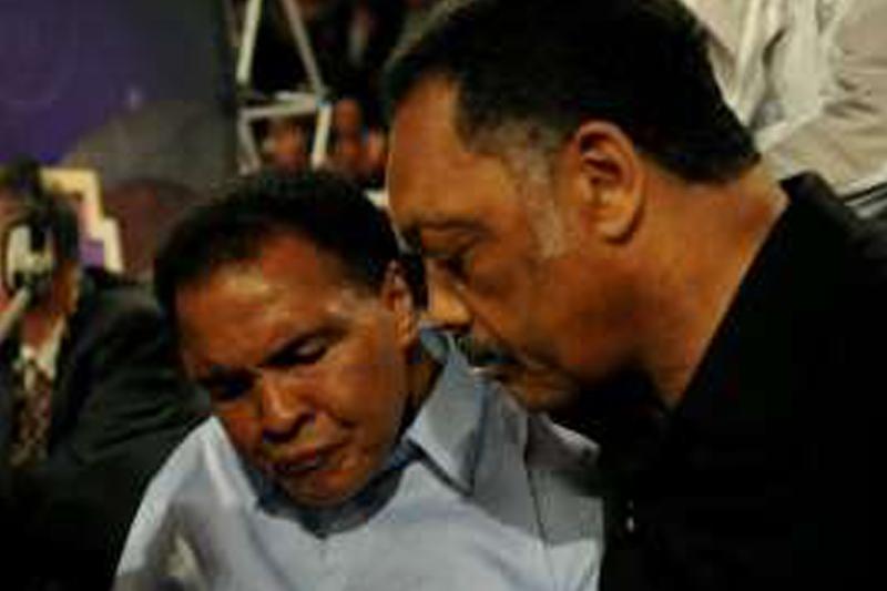 Brother: Ali's health deteriorating