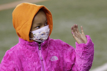 Devon Still's cancer-stricken daughter Leah watches dad play for the first time