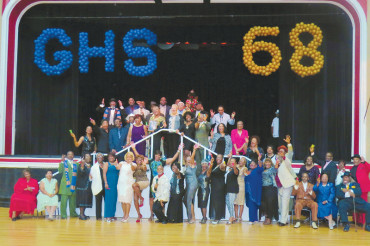 Gibbs Class of 1968 dance packs Coliseum