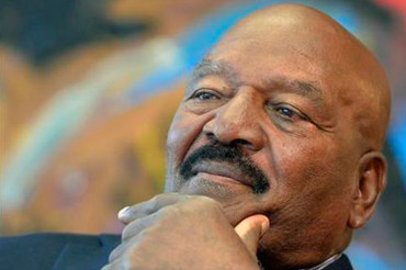 Hall of famer Jim Brown applauds player protests