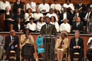 Actor David Oyelowo, who portrayed Martin Luther King Jr in the new movie Selma, became emotional during his speech