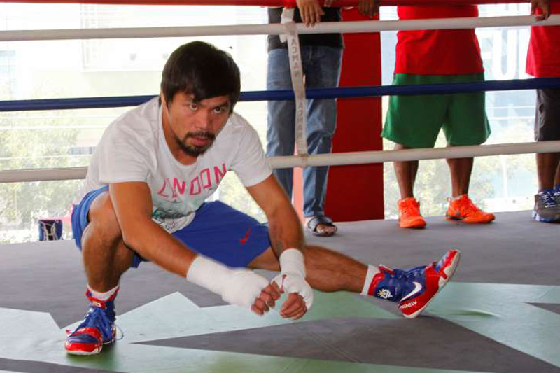 Pacquiao's Mayweather tactic? 'Use my left and right'