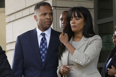 Jesse Jackson, Jr. to leave prison today after serving 17 months for spending $750K in congressional campaign funds