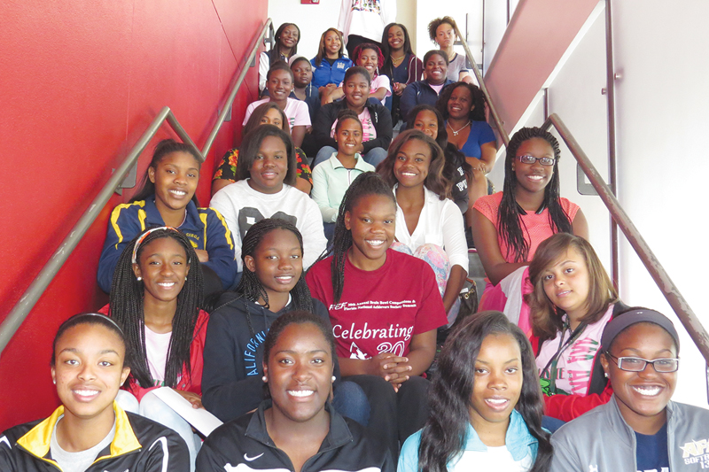 2015 AKAdemy college tour preps for road trip