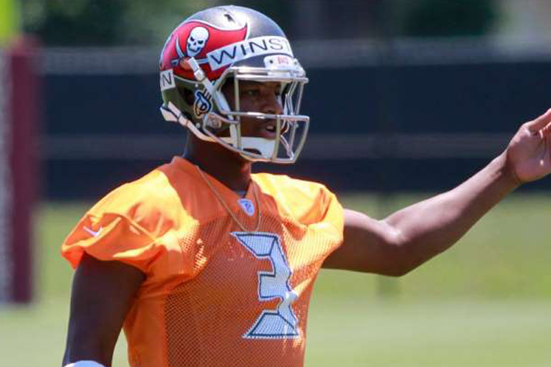 Bucs' Lovie Smith defends Jameis Winston after Bobby Bowden's comments