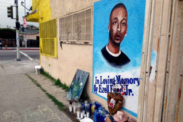 LAPD clears 2 officers in fatal shooting of Ezell Ford, sources say