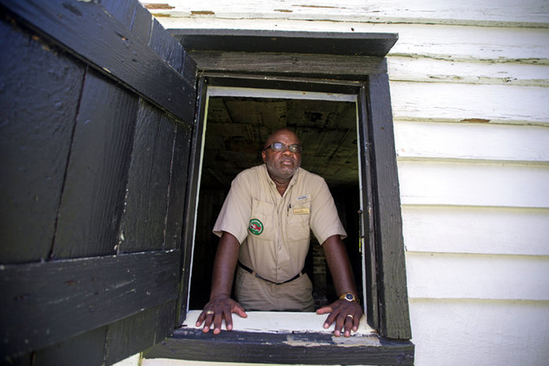 Confronting Slavery at Long Island's Oldest Estates