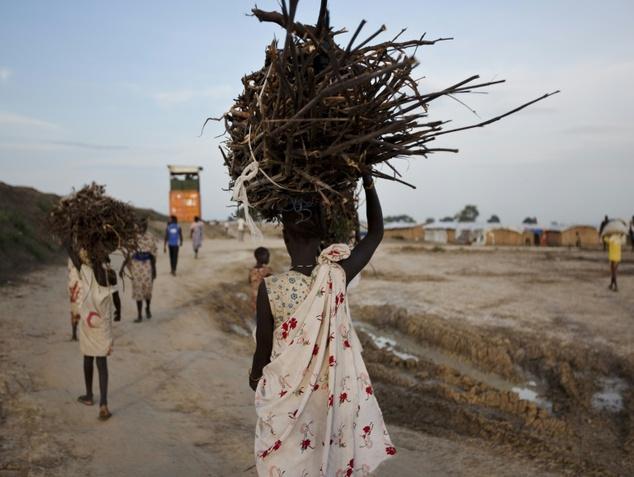 Sudanese Women, btb