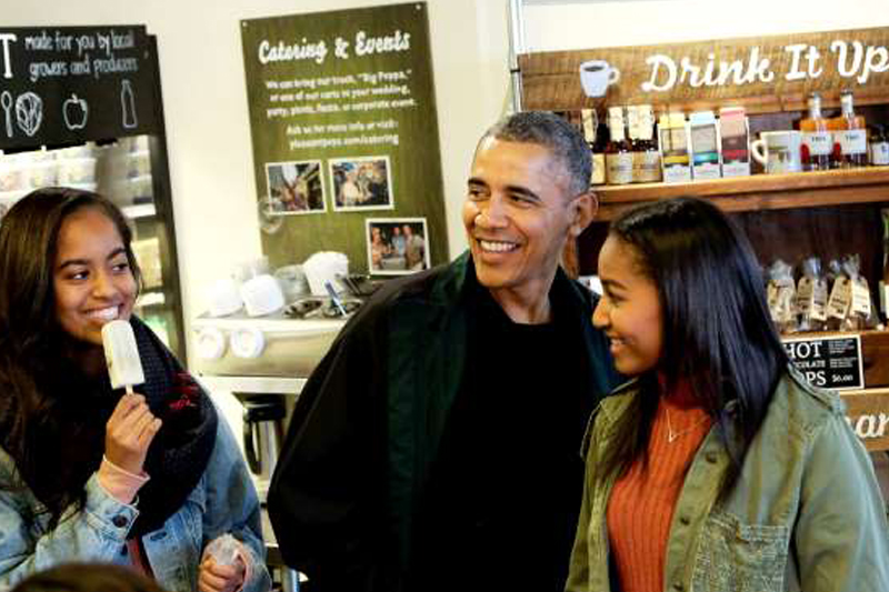7 Parenting Lessons We Can All Learn From Barack Obama