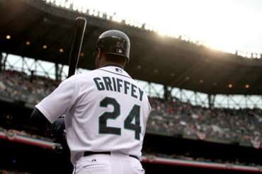 Griffey elected to Hall of Fame with highest percentage, Piazza in