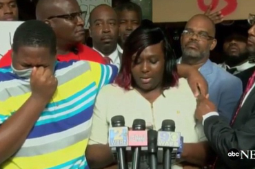 Police chief names, suspends two officers who shot Alton Sterling; victim's son breaks down at press conference