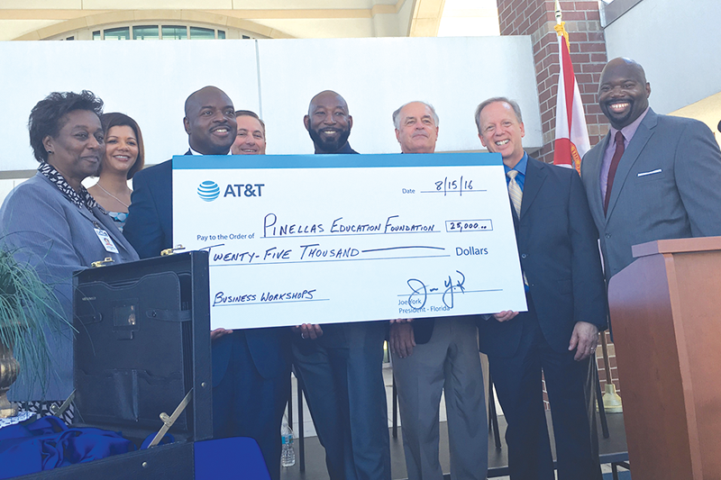AT&T funds business workshops for Gibbs and Lakewood High School entrepreneurs