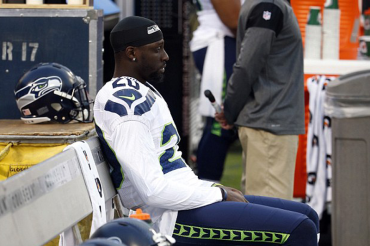 Seahawks player Jeremy Lane joins Kaepernick and Eric Reid in protest of standing for national anthem