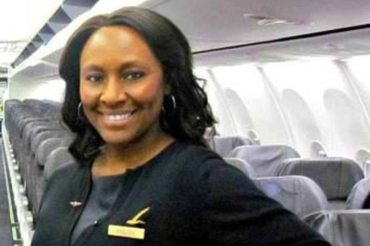 Hero flight attendant rescues teen from human trafficker by leaving note on bathroom mirror