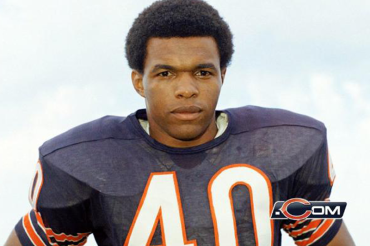 Vahe Gregorian: Former KU and Chicago Bears great Gale Sayers is battling dementia
