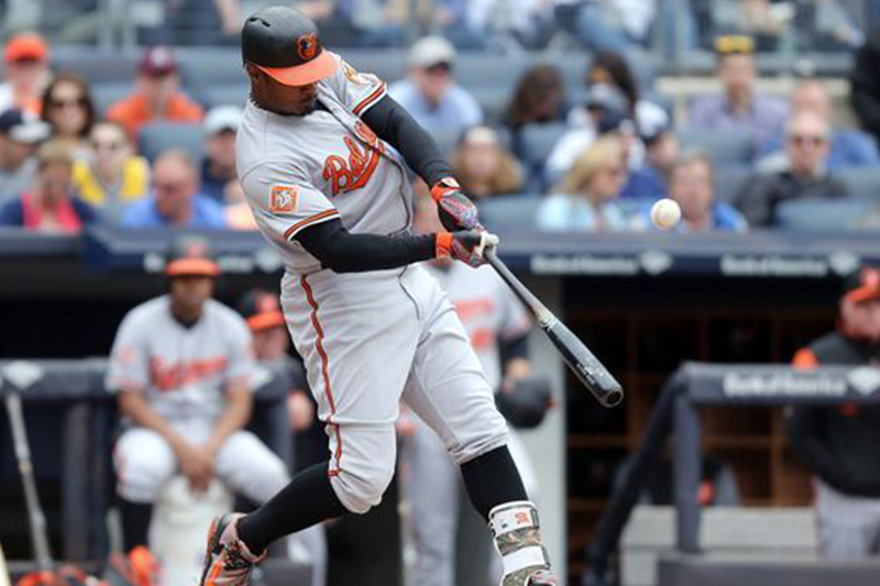 Orioles' Adam Jones berated by racist taunts at Fenway Park