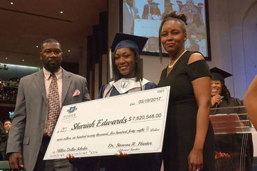 Tennessee high school student offered $7 million in scholarships, accepted into 149 schools