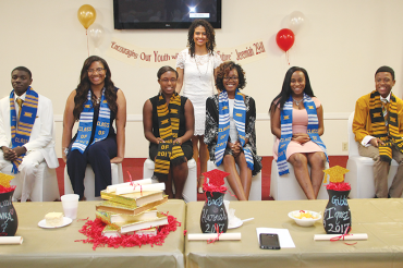 Elizabeth Howard Scholarship Banquet honors 7 graduates