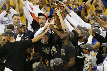 Kevin Durant and Steph Curry lead warriors to NBA title