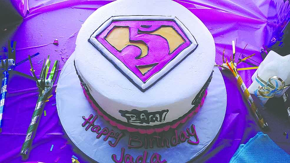 Supergirl Cake, featured