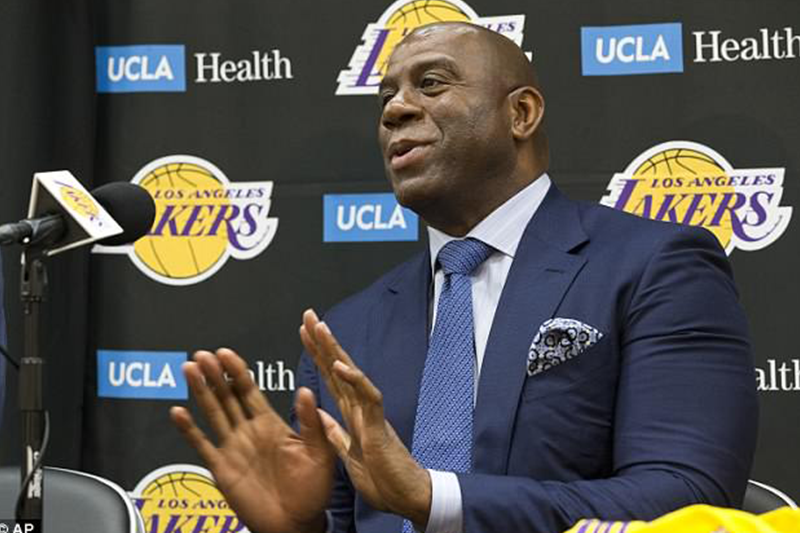 Lakers president Magic Johnson 'facing pressure to trade for Spurs star Leonard' in order to sign LeBron James as a free agent