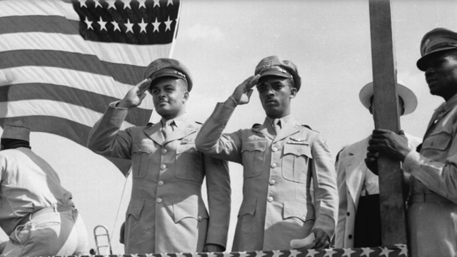 These_Photos_Capture_the_Lives_of_African_American_Soldiers_Who_Served_During_World_War_II_History_Smithsonian_Magazine.png
