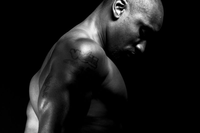 Man-with-muscles-960x1440-1.jpg
