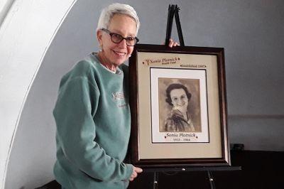 PhyllisPlotnickandSoniaPlotnick.jpg
